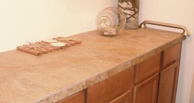 Elegant Counter Top w/ Porcelain Tile